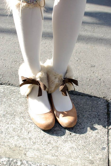 adorable, bow, bows, cute, diamonds, eyes, fashion, fur, glamour, glitter, kaleidoscope, love, secret, shimmer, shoes, tights, xoxo