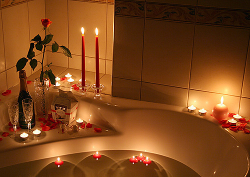 bath, candles, champagne, flower, love, romantic, roses