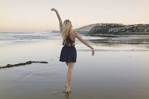 beach, blonde, cute, dance, dancing