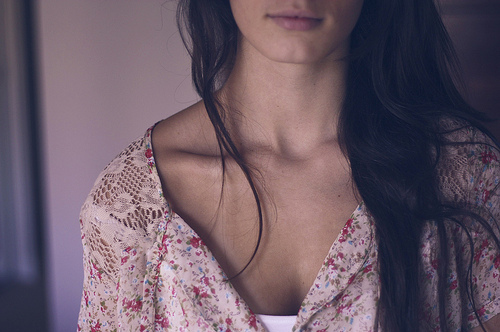 beautiful, bones, brown, collar bones, fashion, girl, hair, skinny, style, thin, thinspiration, woman