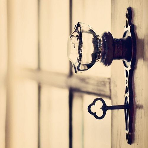 adorable, crystal, cute, door, door knoc, glamour, glass, kaleidoscope, key, love, pretty, princess, queen, romance, romantic, secret, sweet, vintage, xoxo